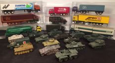 Roco/Herpa/Revell/ESCI/Efsi H0 - Scenery 24 pieces military equipment and trucks