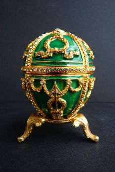 "Faberge Imperial egg - ""Rosebud"" collection - Swarovski Rhinestones (over 200) - Enamel - 24K Gold finish - Signed"