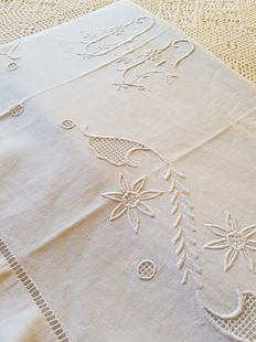 Antique monogrammed, embroidered double linen sheet. Reasonable shipping costs.