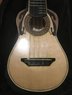 Charango handmade by Maestro Luthier Vicente Larrain