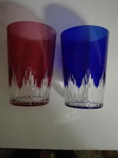 Baccarat, vintage pair of night glasses (verres a nuit), hand-carved, sapphire blue and ruby red