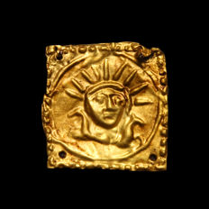 Greek Gold Tiara Ornament Plaque with Helios, 2.4 cm L