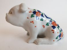 Imari figure of bulldog - Japan - 19th century (Meiji period)