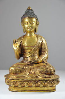 Bronze Buddha in meditating Position - China - Second half 20th Century (38 cm)