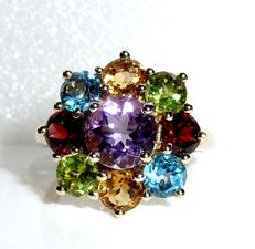 Ring in 8 kt / 333 gold rosette with amethyst, peridot, blue topaz, garnet, citrine ring size 62 *No Reserve Price*
