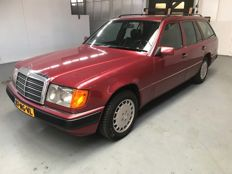 Mercedes-Benz - 300 turbo diesel station 4 matic - 1993