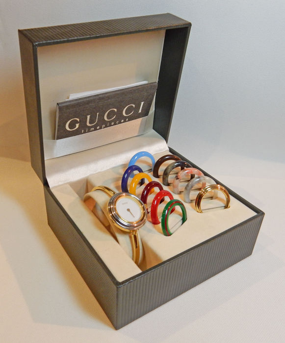 351842785 Gucci 11/12.2 women's vintage wristwatch – Iconic of the 80-90s – with