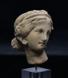 Hellenistic terracotta head of a woman - 52 mm