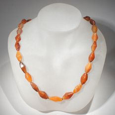 Necklace of lozenge shaped carnelean beads. Bactrian l. 45 cm