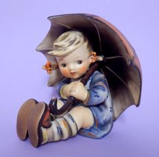 "Goebel Hummel -152/0 B ""Geborgen"", girl with umbrella, height 13 cm"