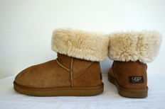 UGG 5815 Classic Tall - lammy boots
