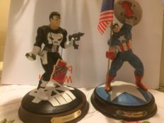 The Marvel Collection - 2x Porcelain statues - The Punisher & Captain America