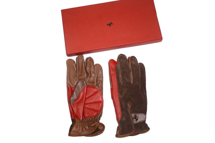 Original Ferrari gloves size M brown leather with BOX