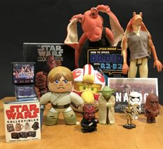 Collection of 15 STAR WARS Collectibles & Toys