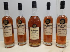Armagnac Delord: 1x Magnum 150 cl & 4 bottles 70 cl of Fine Armagnac - 5 bottles in total