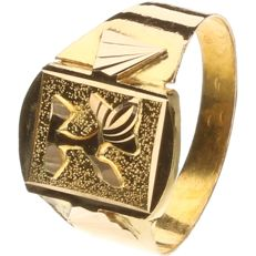 18 kt yellow/white gold, tooled children's signet ring - ring size: 13.5 mm