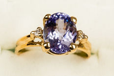 18 kt yellow gold ring with certified tanzanite for 2.68 ct - Ring size: 7.5