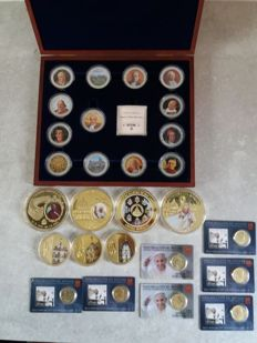 Vatican - 7 x Medals - 7 x coins in blister (21st century) - 13 medals of popes in a box - 21st century