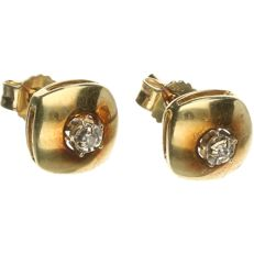 14 kt yellow-gold earrings, set with brilliant-cut diamonds of approx. 0.02 ct in total - length x width: 0.6 x 0.6 cm