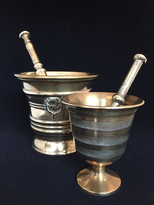 Bronze mortars with pestles - Lot of 2 pieces