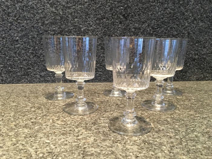 BACCARAT - 6 crystal wine glasses, model 'Richelieu Cylindrique'