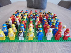 Mini figures - 83 pieces