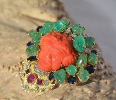 This fabulous 18ct Yellow Gold large Pendant/Brooch - Handmade - main stone ct 14,55 - Emeralds - gr.26,36
