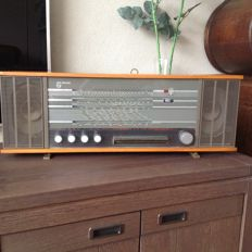 Philips radio type B6X52AT