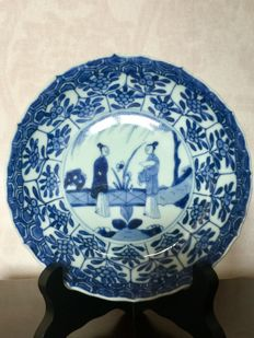 Underglaze blue Kangxi dish long Eliza - China - 18th century ca 1710