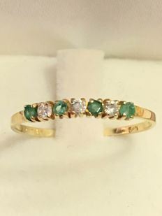 Vintage gold ring with 0.04 sapphires and & 0.03 zircon - 1970 - No reserve!