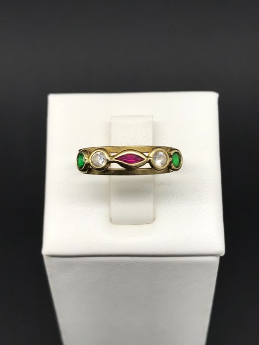 Ring in 18 kt yellow gold with five coloured zircons