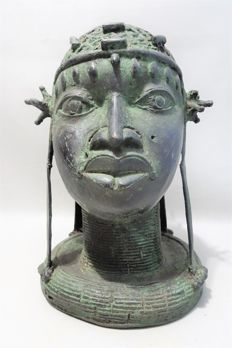 Large bronze African ONI King head - BENIN - Nigeria