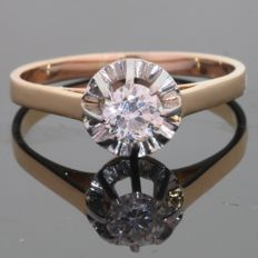 Antique diamond engagement ring with big old european cut diamond - anno 1940