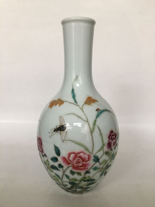 Enamel Color Flower Bile Bottle - China - 2nd half 20th century