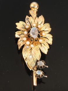 Antique Victorian flower brooch with a diamonds and pearls, ca. 1870 - **reduced price**