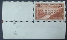 France 1929/1931 - Pont du Gard, 20 f  Chaudron (IIB), Calves signed with digital certificate - Yvert no. 262