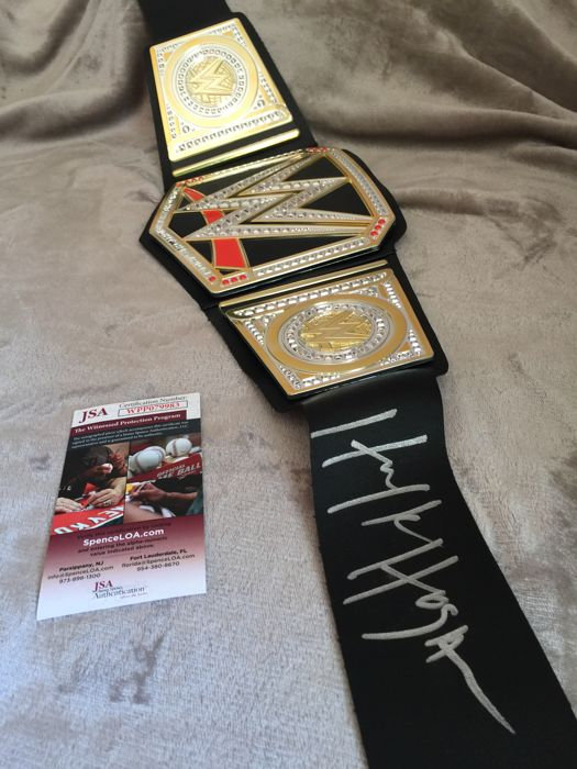 Hulk Hogan Signed WWE Wrestling Championship Belt (JSA COA) Special and rare belt hard to get signed by the greatest fighter of the WWF !!No minimum price! unique opportunity!