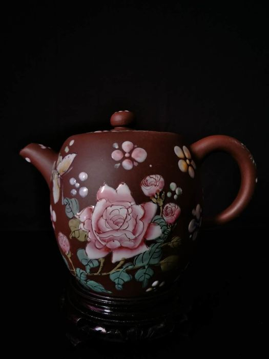 Teapot in sandstone from Yixing enamelled with flower decoration - China - late 20th century