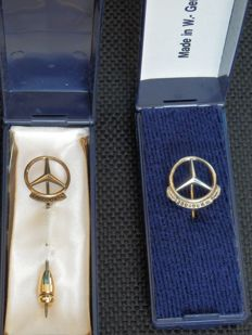 2 pins Mercedes 100,000 km Plus 200,000 km - Silver gilt