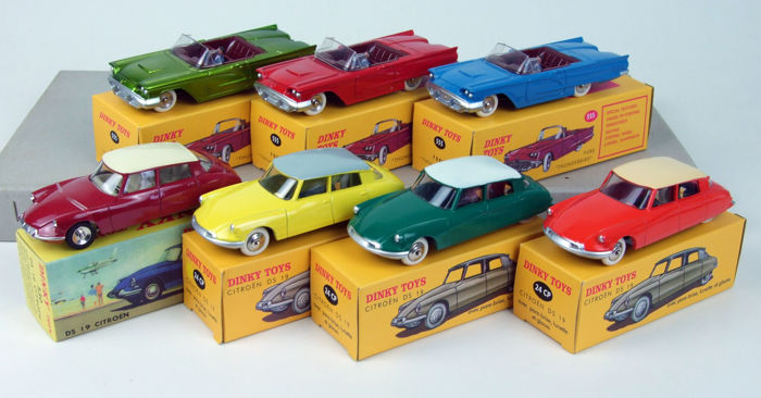 Dinky Toys Atlas - 1:43 - Lot with 7 Citroën DS and Thunderbird models