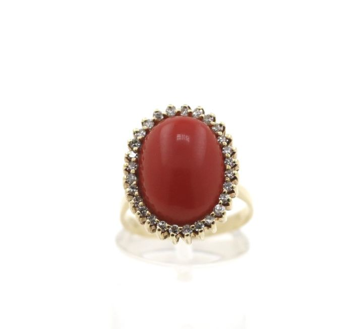 14 kt. Gold - Ring - 0.40 ct Diamond - Coral