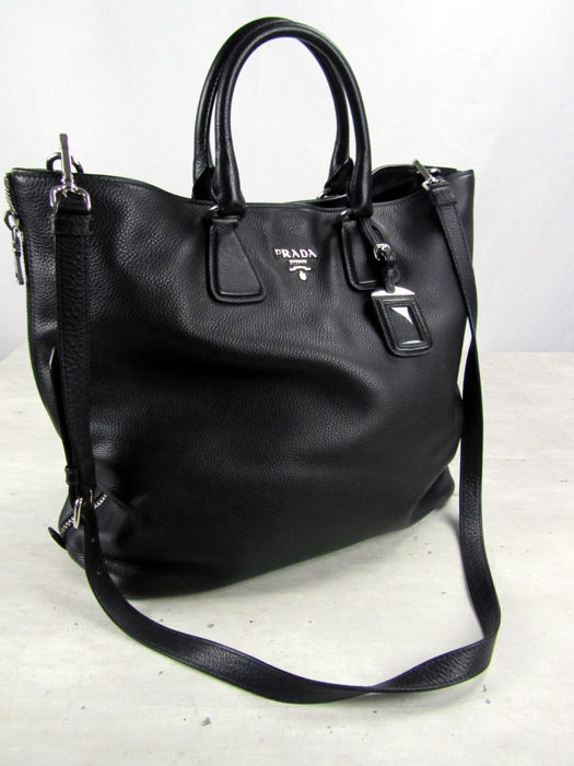 55fc4fc00 Prada - Large Tote Leather Bag - As New - Catawiki