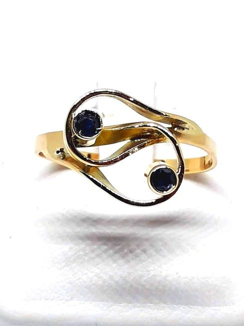 Ring in 18 kt gold with Sapphires - size 19 mm / S-UK / 9 USA