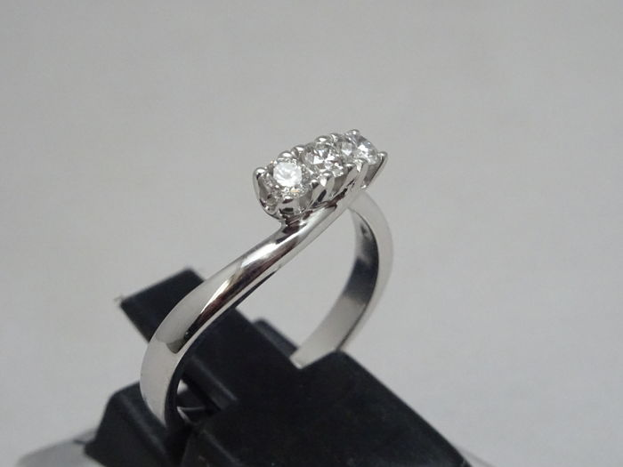 18 kt. White gold - Ring - 0.29 ct Diamond