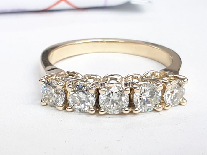 14k yellow gold eternity ring 5 stones for 1.05ct natural diamonds - size 53,5