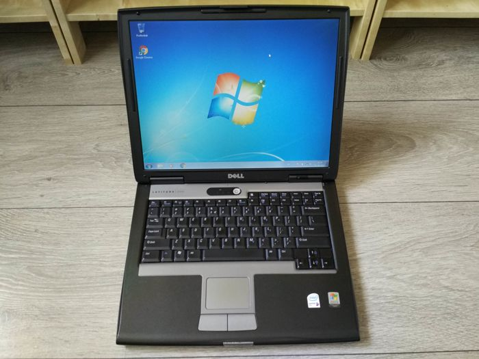"Dell Latitude D520 notebook - Intel Core2Duo 1.66Ghz, 512MB RAM, 40GB HDD, 15"" Screen, Windows 7 - with original charger"