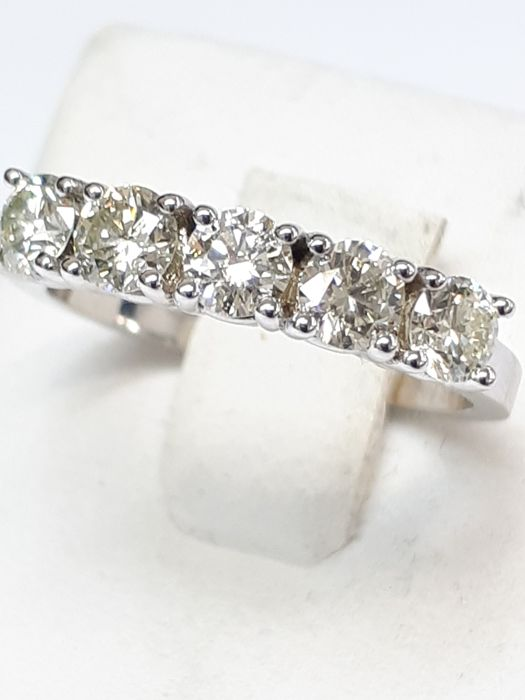 14k white gold eternity ring 5stones for 1.03ct natural diamonds - no reserve price