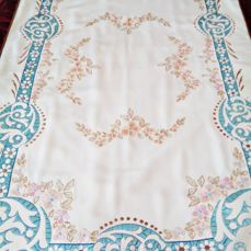 Quitafrios old quilt, silk embroidered and decorated by hand, with modernist motifs. S XIX - Silk. Embroidery Cord around.