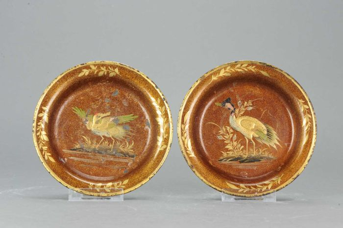 Lovely lacquer footed altar dish - Japan - Late 19th century