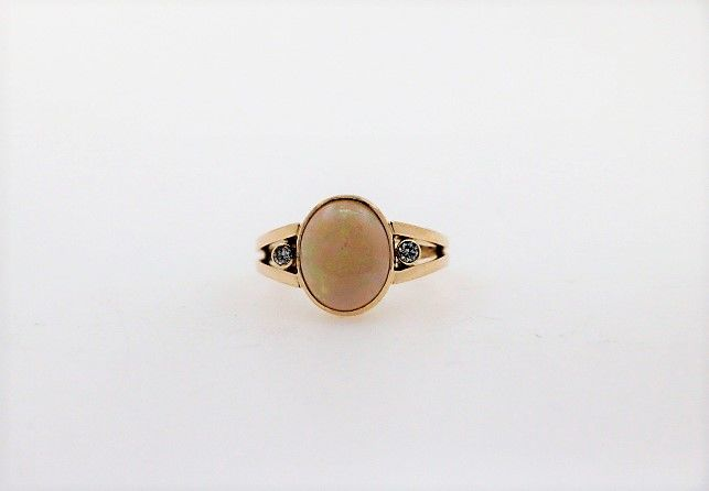 14 kt Gold - Ring - 2.00 ct Opal - Diamant